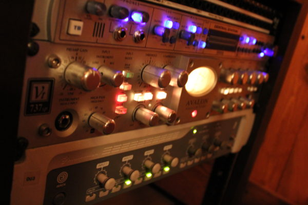 Avalon Preamp Compressor